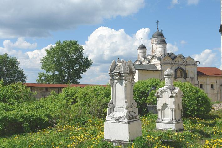 Архитектура храмы и здания
